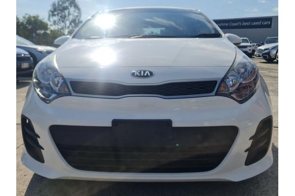 2016 Kia Rio UB  S Hatchback Image 2