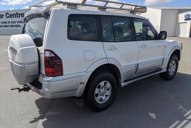 2004 MY05 Mitsubishi Pajero NP  GLS Suv Image 5