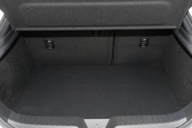 2019 Mazda 3 BP G25 GT Hatch Hatch Mobile Image 17