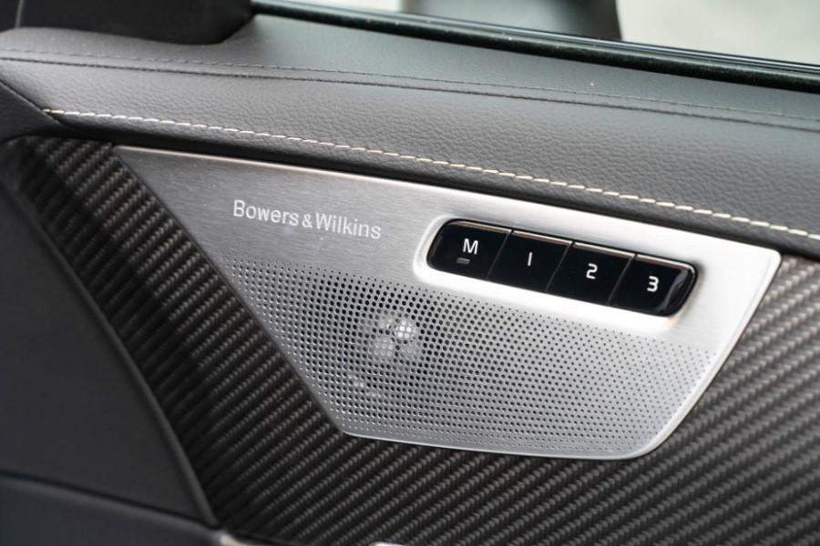 2020 Volvo XC90 L Series D5 R-Design Suv Image 17