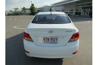 2011 Hyundai Accent RB Active Sedan Image 4
