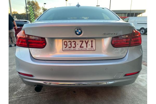 2012 BMW 3 Series F30 320i Sedan Image 5