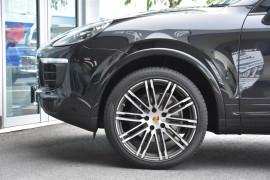 2017 MY18 Porsche Cayenne 92A MY18 Diesel Suv Image 5