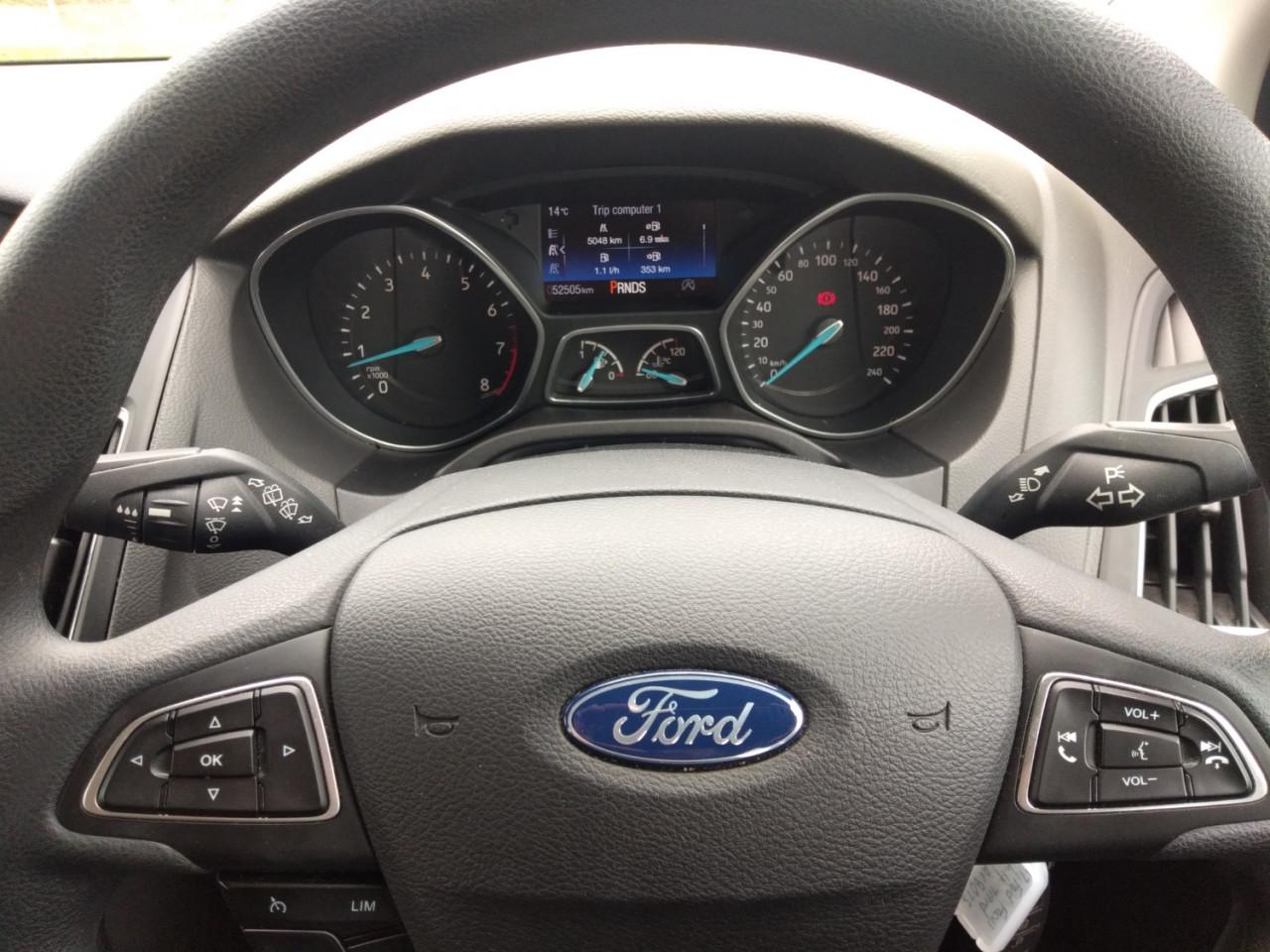 2017 Ford Focus LZ TREND Hatchback Image 13