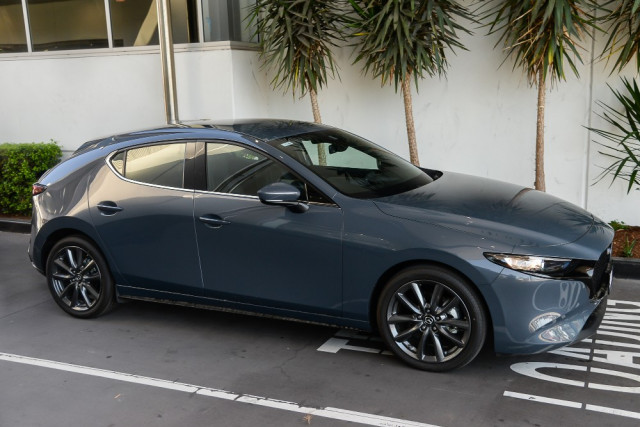 2019 Mazda 3 BP G25 GT Hatch Hatchback Image 5
