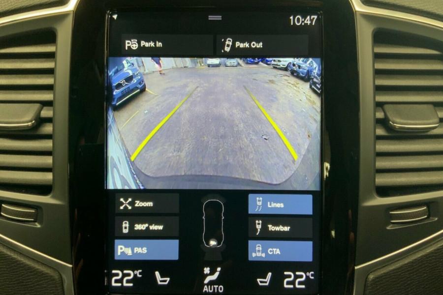 2018 MY19 Volvo XC90 256 MY19 D5 Momentum (AWD) Suv Mobile Image 10