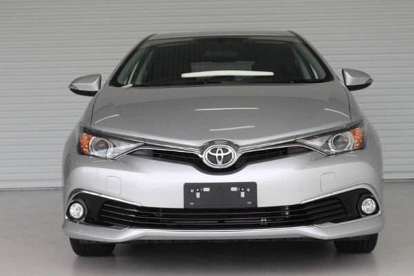 2018 Toyota Corolla ZRE182R ASCENT SPORT Hatch Image 3