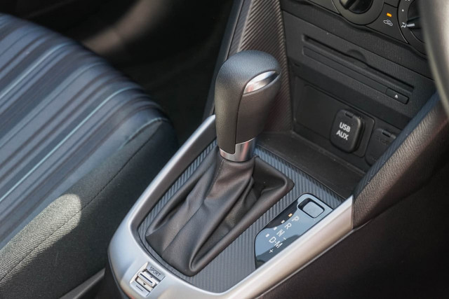 2015 Mazda 2 DJ Series Neo Hatchback Image 5