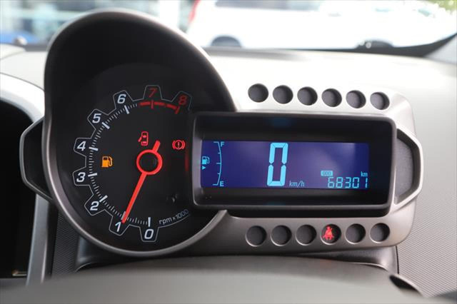 2016 Holden Barina TM MY16 CD Hatchback Image 13