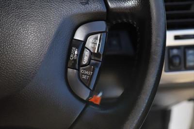 2015 Nissan Patrol Y61 ST N-TREK Suv