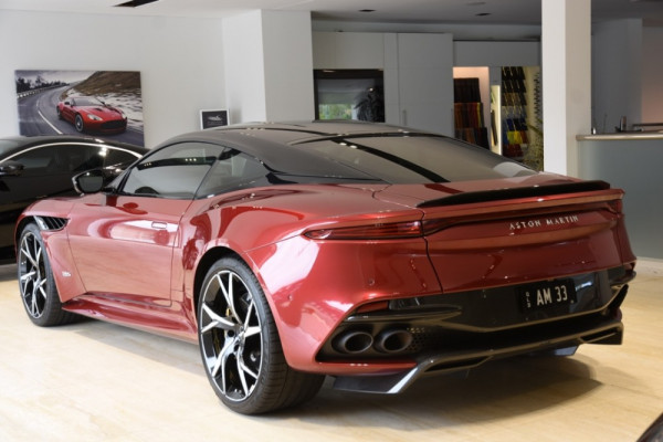 2019 Aston martin Dbs MY19 Superleggera Coupe Image 2