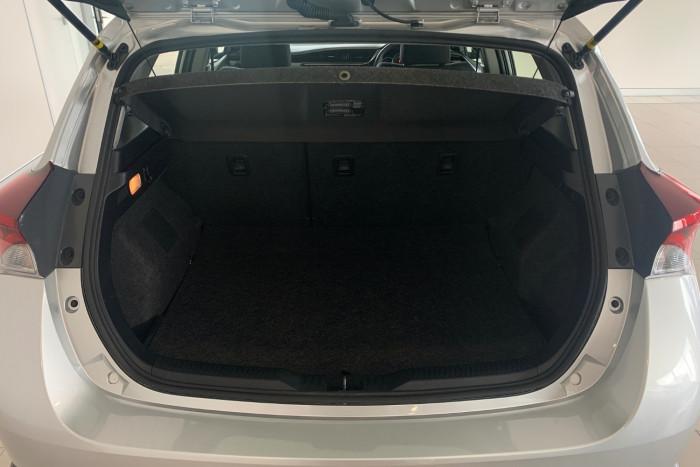2017 Toyota Corolla ZRE182R Ascent Hatchback Image 12