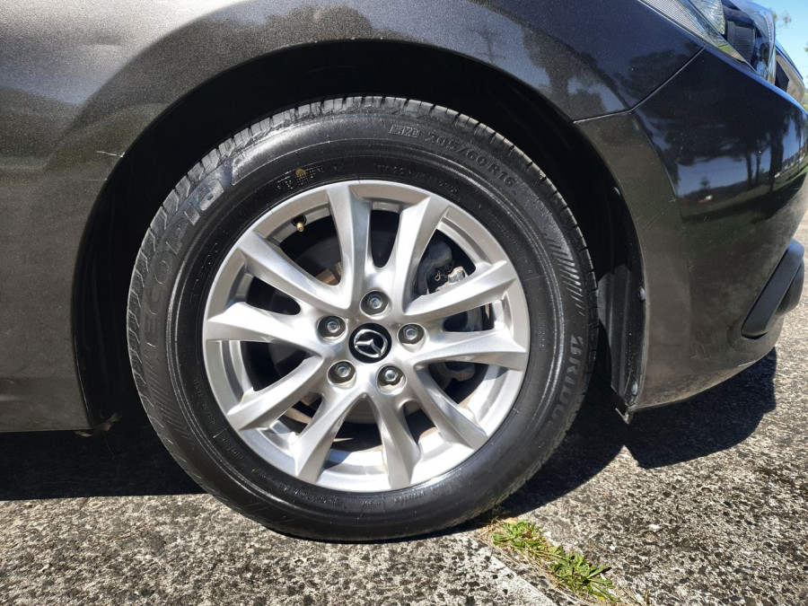 2015 Mazda 3 BM5476 Maxx Hatch Image 2