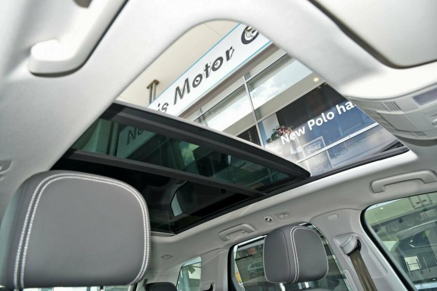2020 Volkswagen Touareg CR 190TDI Premium Suv Image 9
