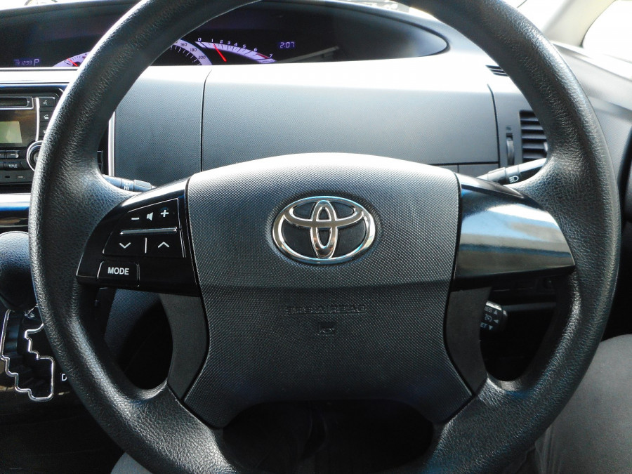 2014 MY13 Toyota Tarago ACR50R  GLi Wagon Image 16