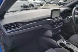 2019 MY19.75 Ford Focus SA  ST-Line Hatchback Mobile Image 17