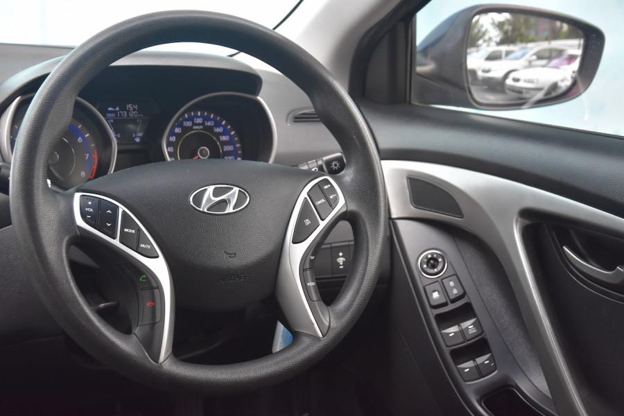2012 Hyundai Elantra MD Active Sedan Image 9