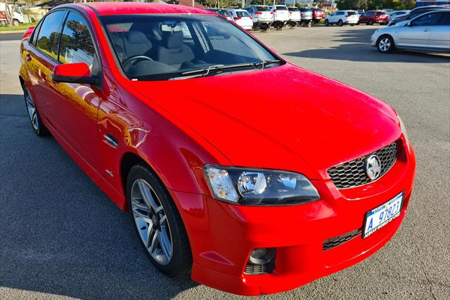 2011 Holden Commodore VE II SV6 Sedan Image 3