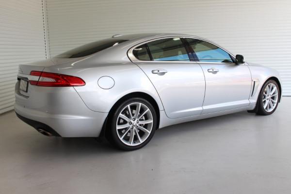 2012 Jaguar Xf X250 MY12 PREMIUM Sedan Image 2