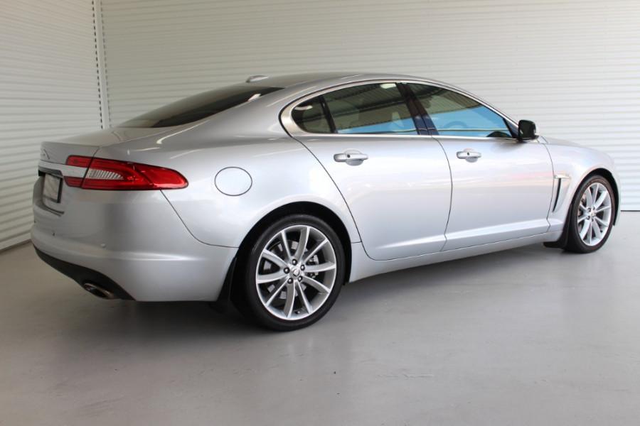 2012 Jaguar Xf X250 MY12 PREMIUM Sedan