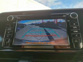 2017 Toyota C-hr NGX50R Koba Suv image 21