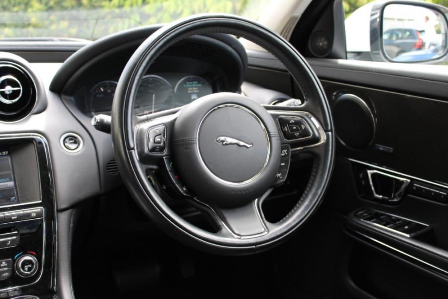 2015 Jaguar Xj X351 MY15 Premium Sedan Image 7