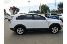 2011 Holden Captiva CG SERIES II 7 Suv Image 5