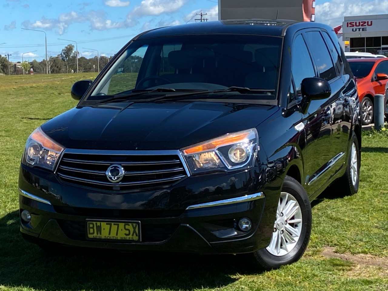 2013 SsangYong Stavic A100 MY13 Wagon Image 1