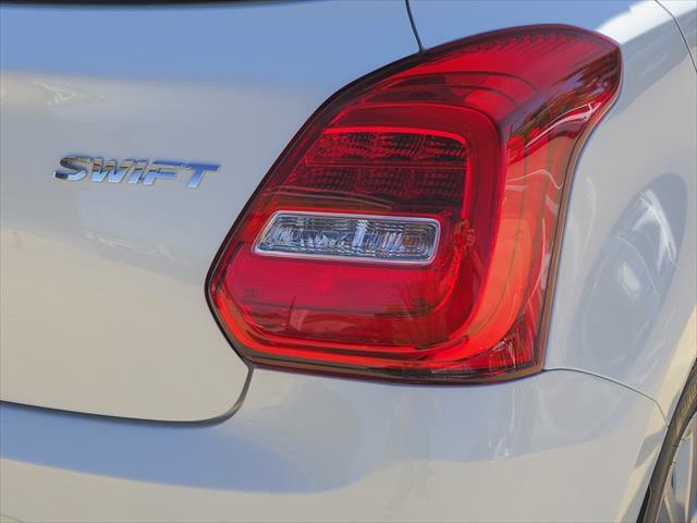 2021 Suzuki Swift AZ Series II GL Navigator Hatchback Image 3