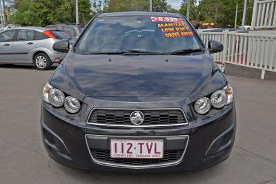 2014 Holden Barina TM MY14 CD Sedan Image 2