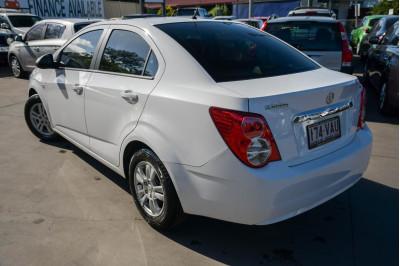2014 Holden Barina TM MY14 CD Sedan Image 5