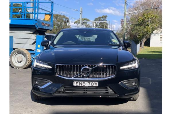 2021 Volvo S60 Z Series T5 Inscription Sedan Image 5