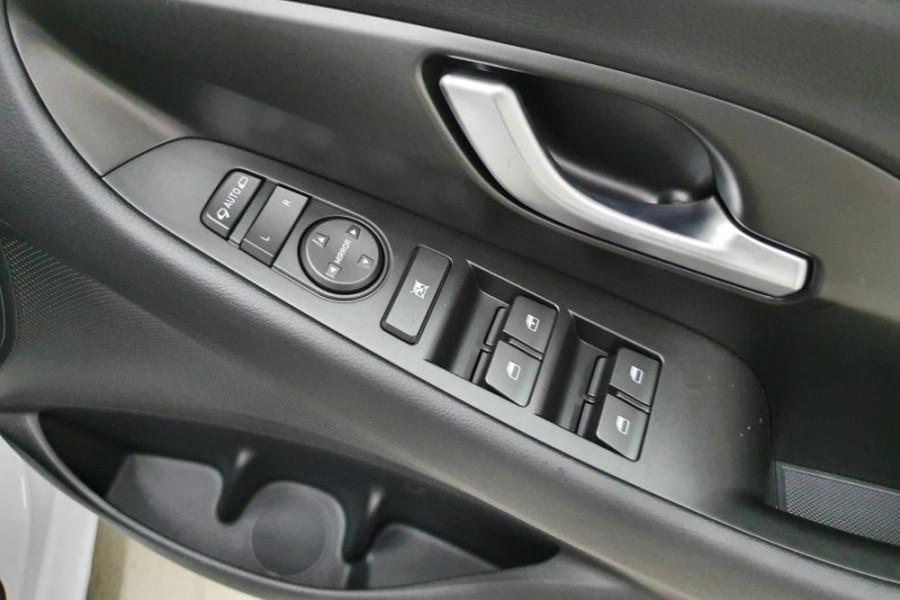 2019 MY20 Hyundai i30 PD.3 Go Hatchback Image 17