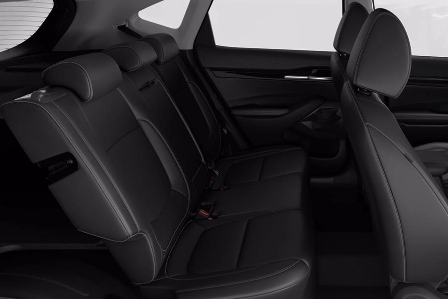 Adaptive rear seating