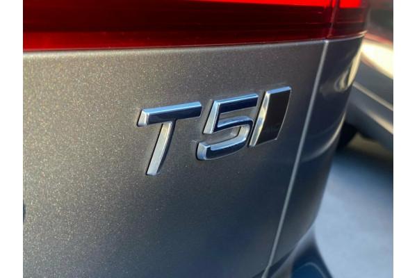 2020 Volvo V60 F-Series T5 Geartronic AWD Inscription Wagon Image 5