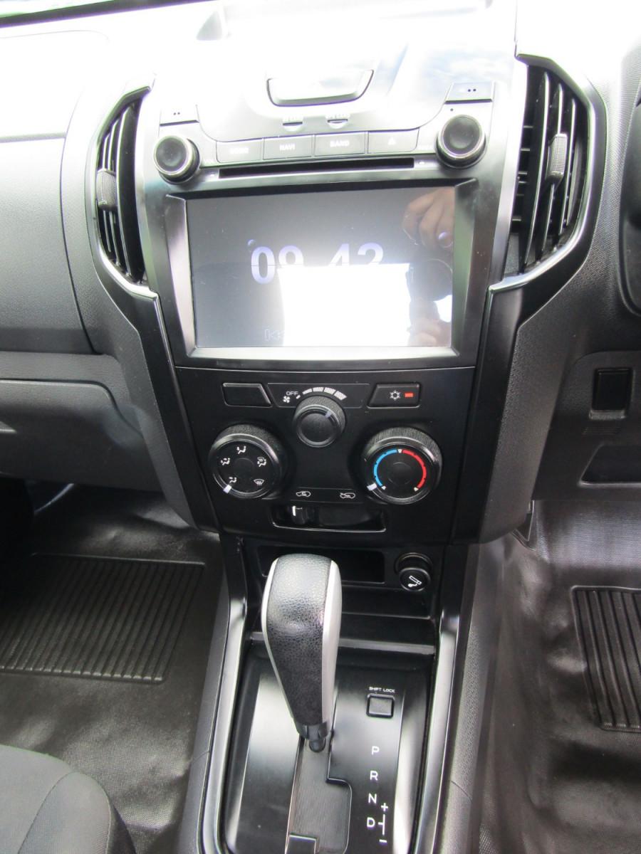 2017 Isuzu Ute D-MAX MY17 SX Cab chassis Image 11