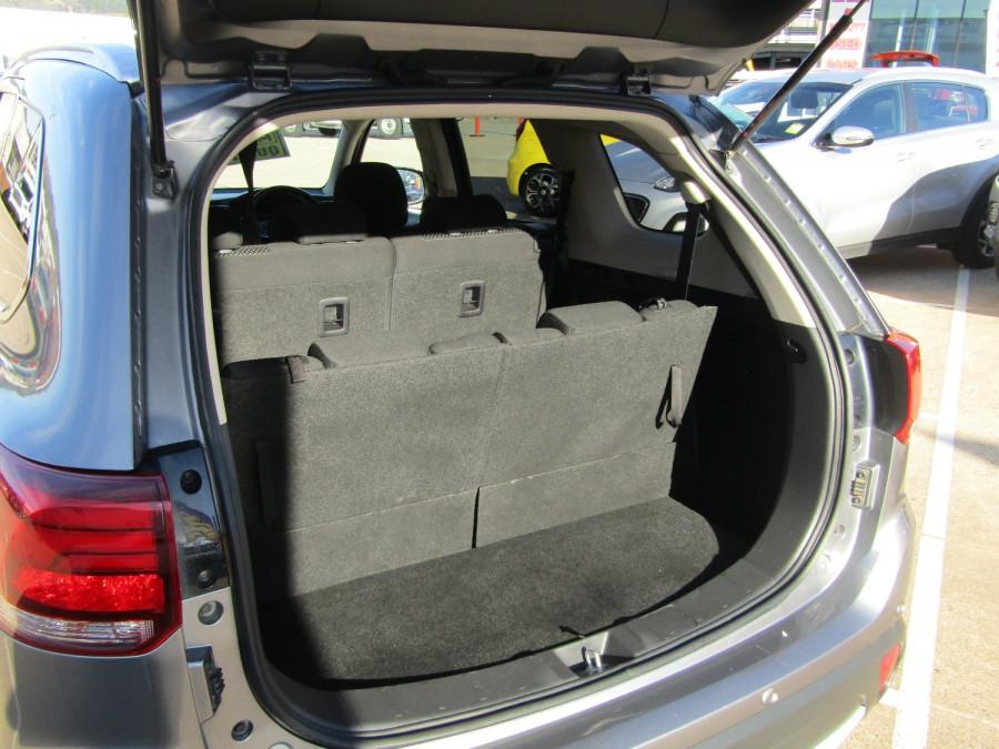2018 MY18.5 Mitsubishi Outlander ZL LS Suv Image 13
