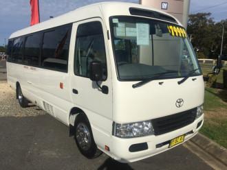 Toyota Coaster Deluxe XZB50R