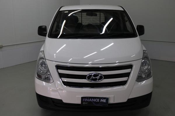 2016 MY17 Hyundai Iload TQ3-V SERIES II MY17 Van Image 2