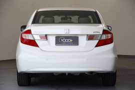 2012 Honda Civic 9th Gen VTi-L Sedan Image 4