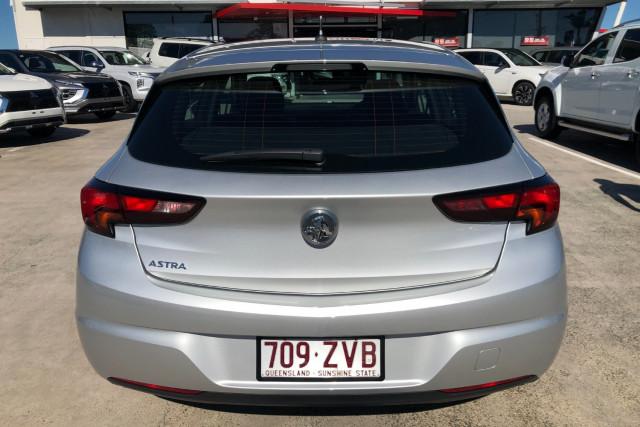 2019 MY20 Holden Astra BK R Hatchback Image 5