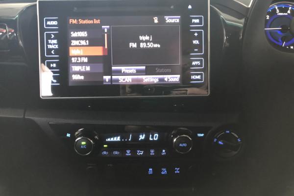 2017 Toyota HiLux GUN126R SR5 Utility