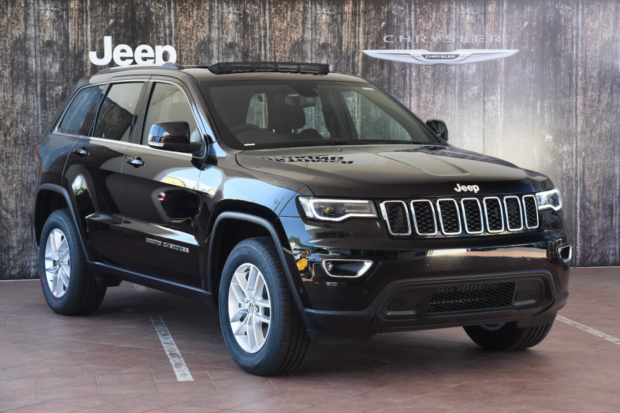2018 Jeep Grand Cherokee WK Laredo 4x4 Suv Image 1