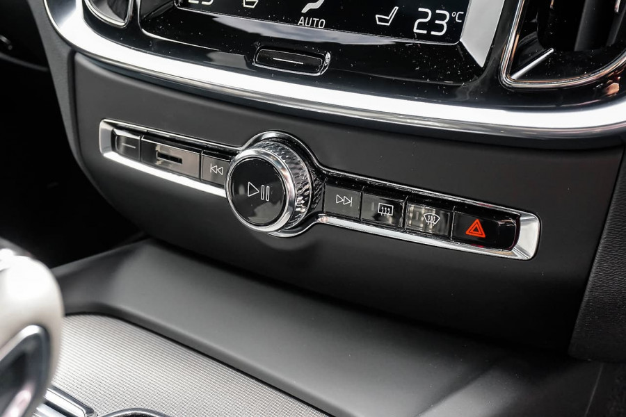2019 MY20 Volvo V60 F-Series T5 R-Design Wagon Image 12