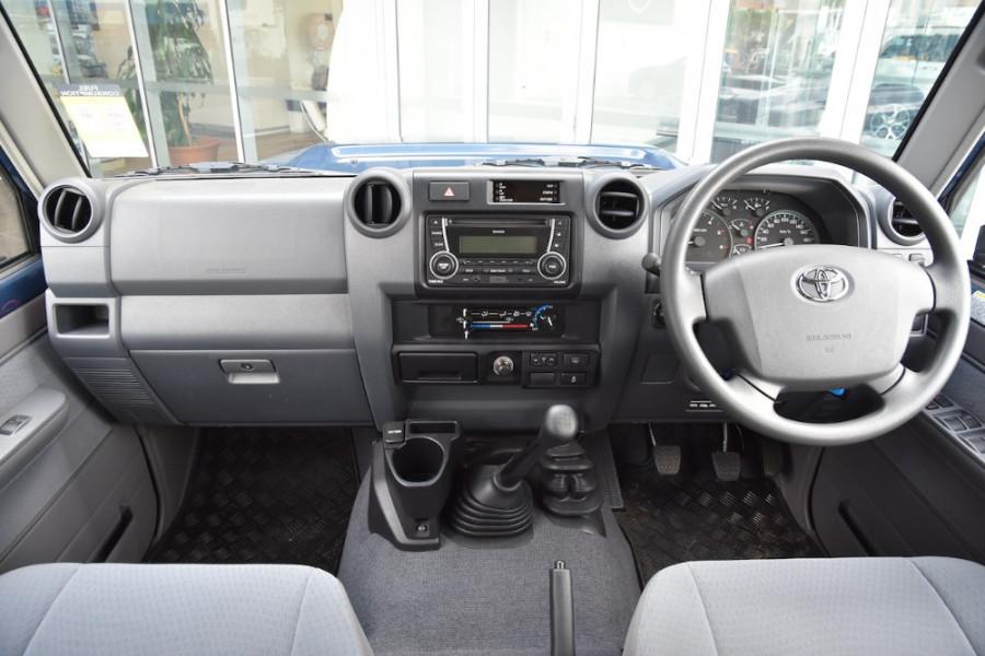 2019 Toyota Landcruiser VDJ76R GXL Suv Image 8