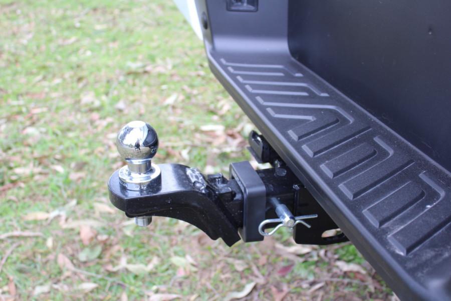 2021 Nissan Navara D23 Dual Cab ST-X Pick Up 4x4 Utility Image 12