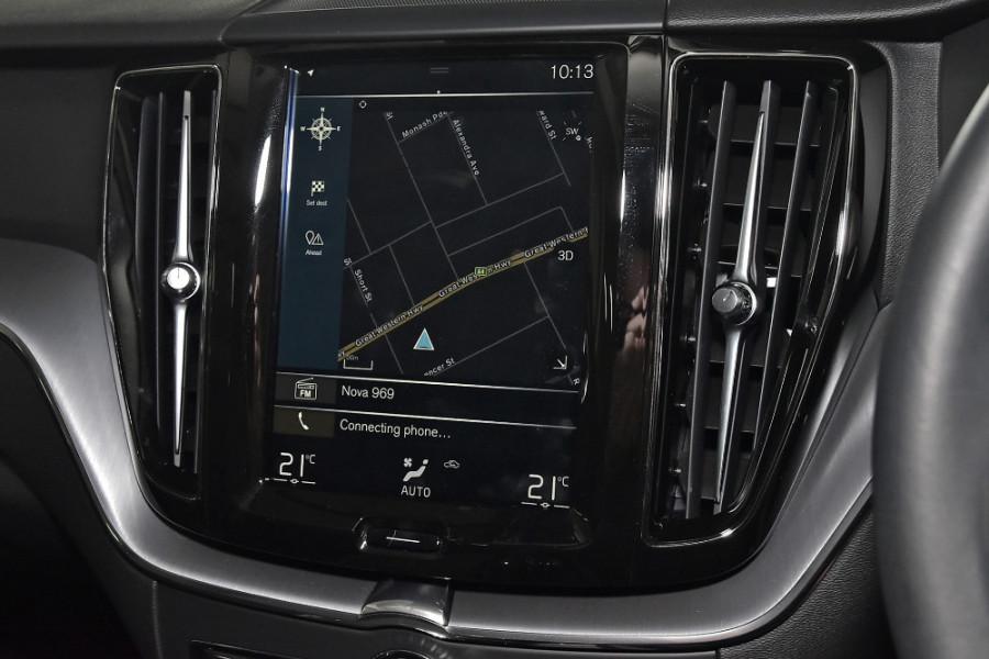 2020 Volvo XC60 UZ D4 Momentum Suv Mobile Image 10