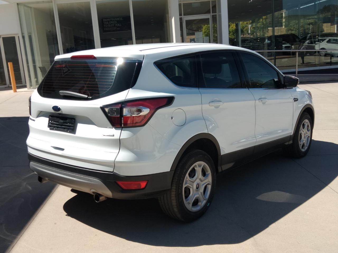 2017 Ford Escape ZG AMBIENTE Suv Image 6