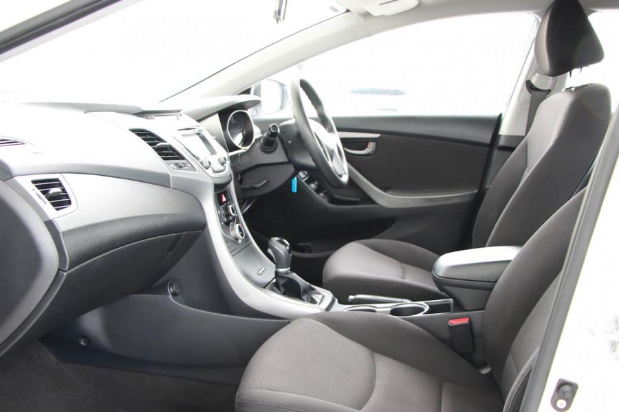 2015 Hyundai Elantra MD3 Active Sedan Image 6