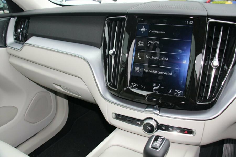 2019 Volvo XC60 UZ T5 Momentum Suv Mobile Image 10